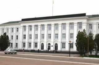 На депутата Северодонецкой мэрии и госрегистратора в полицию написали пять заявлений