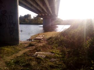 На Луганщині виявили під мостом приховані артилерійські снаряди