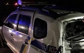 В Северодонецке автомобиль полиции попал в аварию