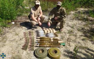 Возле Северодонецка обнаружен схрон боевиков с противотанковыми минами