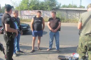 В Северодонецке военнослужащий пытался вывезти оружие из зоны ООС