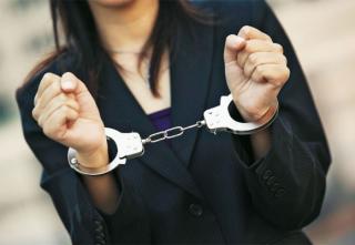 Прокуратурою встановлено порушення прав затриманих