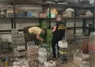 На Луганщині викрито двох оптових постачальників сурогатного алкоголю