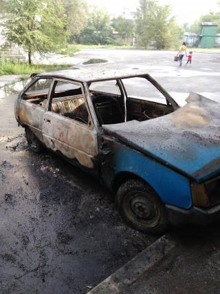 В Северодонецке на улице сгорел автомобиль