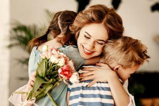 Заходи до Дня матері