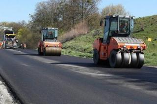 Уряд надає Сєвєродонецьку понад 22 мільйони гривень на капремонт дороги в Синецькому
