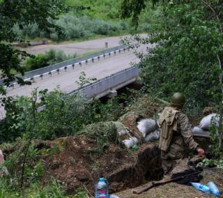 Комбат рассказал, как украинские войска освободили крупный город на Донбассе