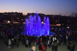 Свято перлини Сєвєродонецька - головного світломузичного фонтану!