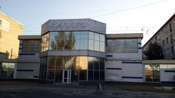 здание под ночного клуба